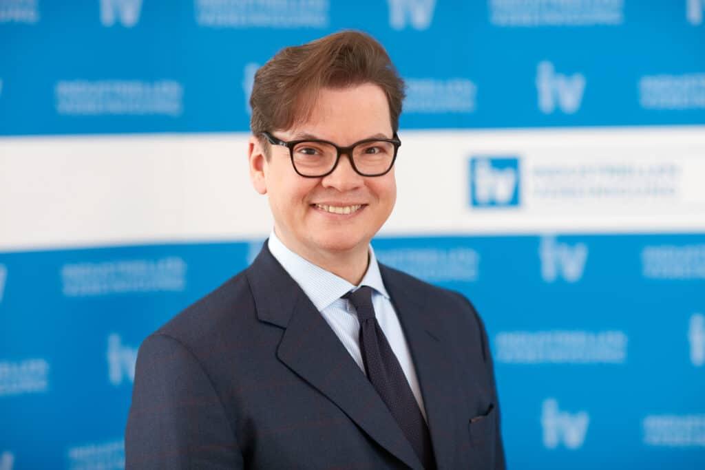Christoph Neumayer, IV